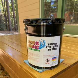 Deck Medic's Professional Grade Oil-Based Stain Toast